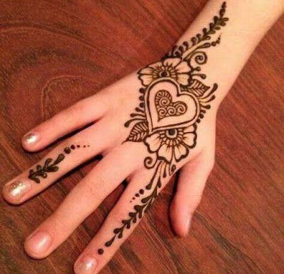 tatuagens femininas de henna-centro-rio,(estúdio smokedragon tattoo e piercing)