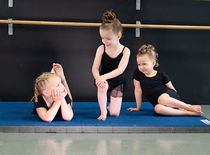 Quinn,Norah,MaKendry (63 of 65).jpg