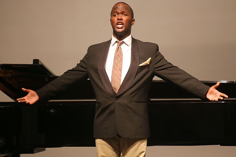 Thembinkosi Mgetyengana, 2014 Recipient of a Les Azuriales scholarship and 2013 Competition finalist