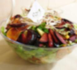סלט פירות מרענן - סלטים של קייטרינג איט איט