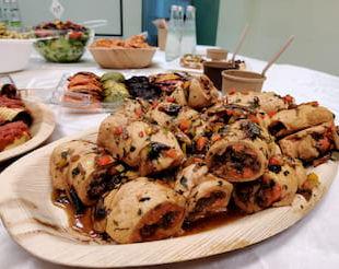 רולדת חזה עוף בשרי