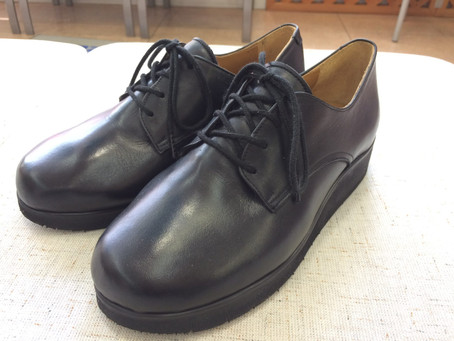 【外反母趾】オーダーならではの靴加工