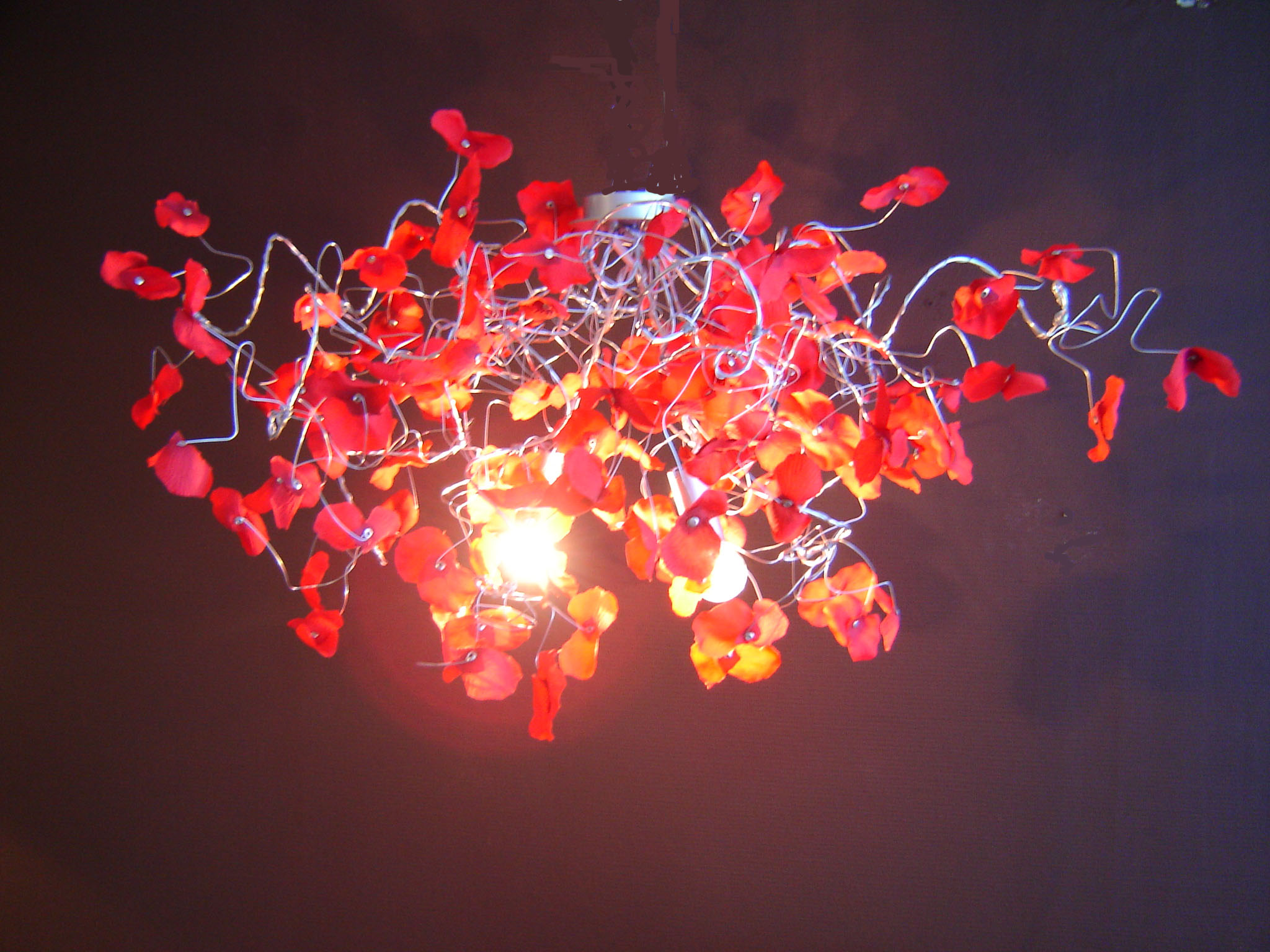 lustre-tourbi-petale-rouge-2ampoules