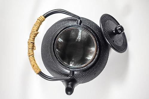 Black Japanese Cast Iron Tea Pot