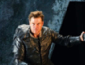 Keenlyside Rigoletto.jpg