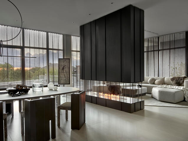 CHICAGO MODERN PENTHOUSE