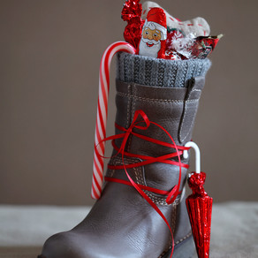 This Holiday Put Some Sparkle In Her Step!