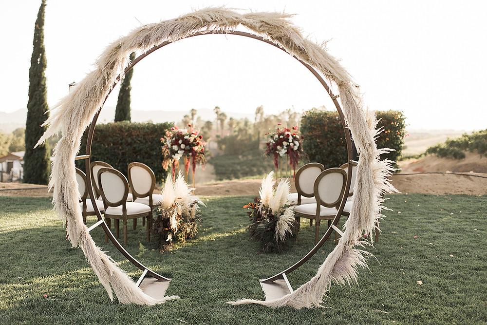 pampas grass alter, pampas grass wedding, boho wedding alter