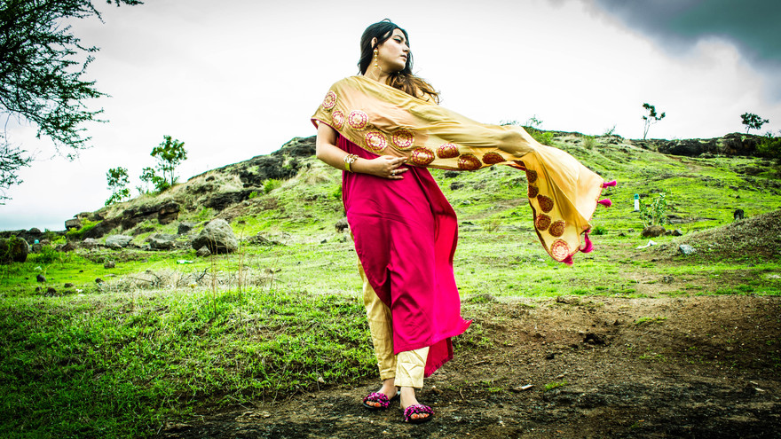 Weaving Dreams With Shoonya