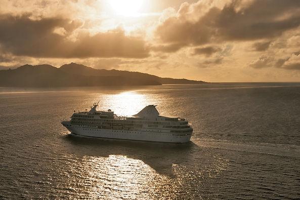 PG Cruises-V_sunset_10-04-BPG-0613-med.j