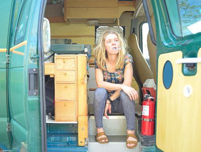 What is solo female vanlife?