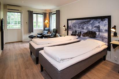 One-bedroom cabin.jpg