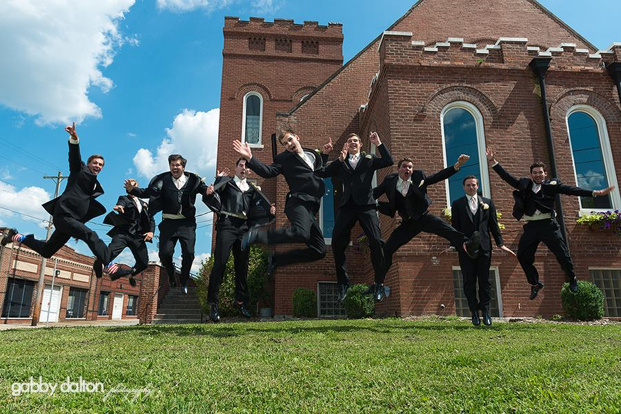 Groomsmen picture ideas