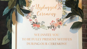 How to Select Wedding Signs