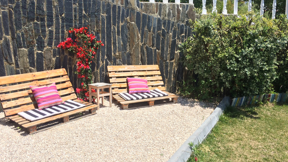 Outside area at the garden to relaxe