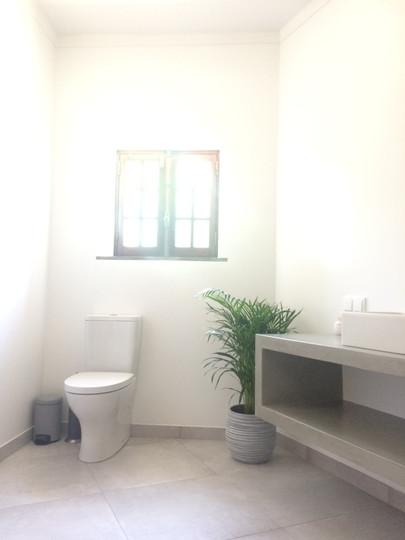Sweet02 bathroom