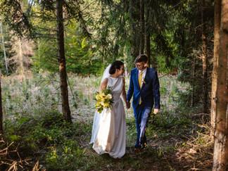 Svatební veselka na fotbalovém hřišti