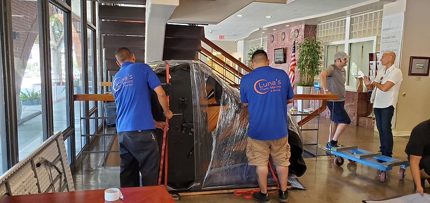 Luna's Piano Movers - Los Angeles Piano Moving - Los Angeles Piano Movers - Orange County Piano Movers - Orange Count Piano Moving - Ventura County Piano Movers - Ventura County Piano Moving