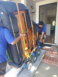 The best piano movers. Los Angeles piano moving company. Luna's Piano Movers in action!