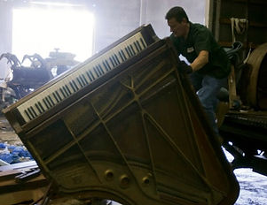 Luna's Piano Removal - Piano Removal Services - Piano Disposal Service - How to dispose of a piano - Piano Junk Removal Services