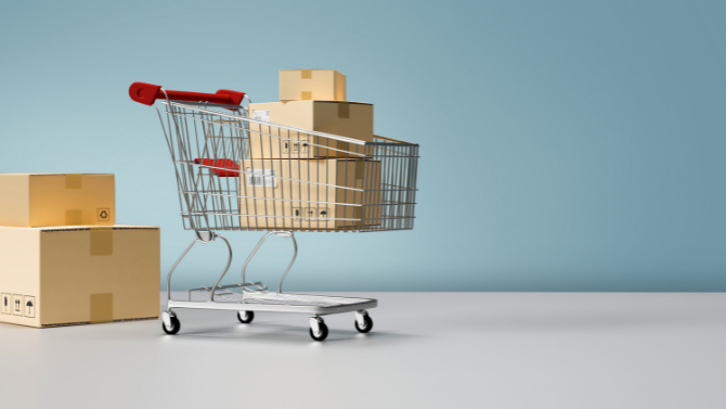 Enabling a Retail Giant Maintain Salesforce Data with Minimal Cost