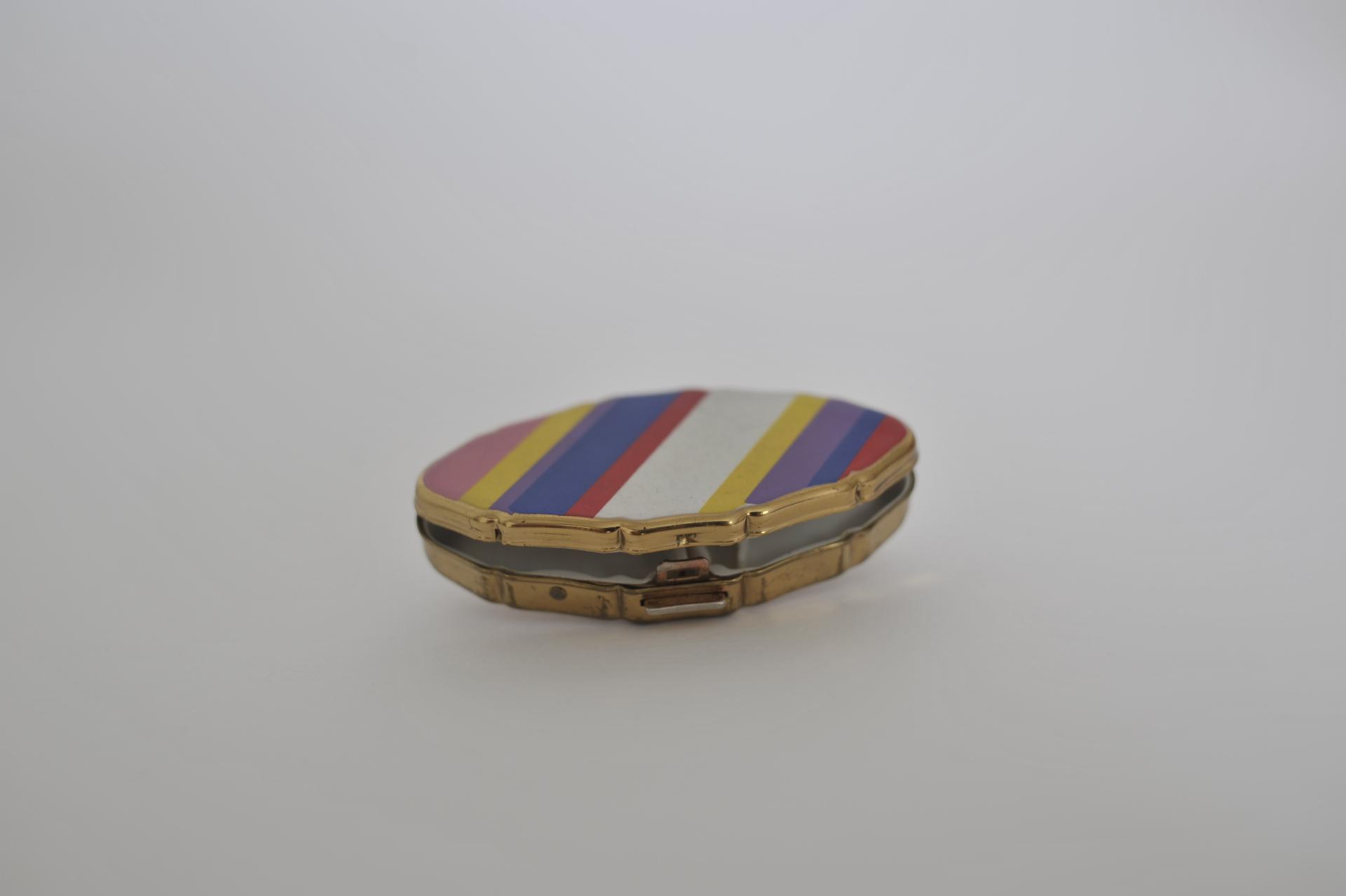 1. portapillole arcobaleno