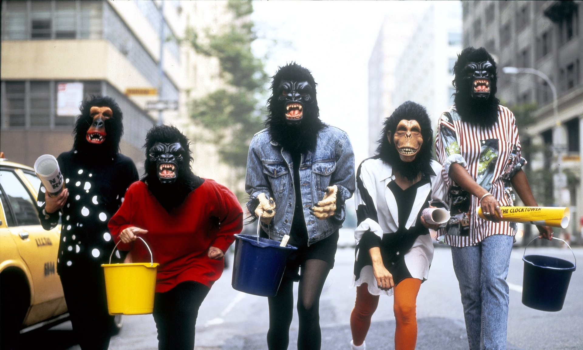 . Guerrilla girls .