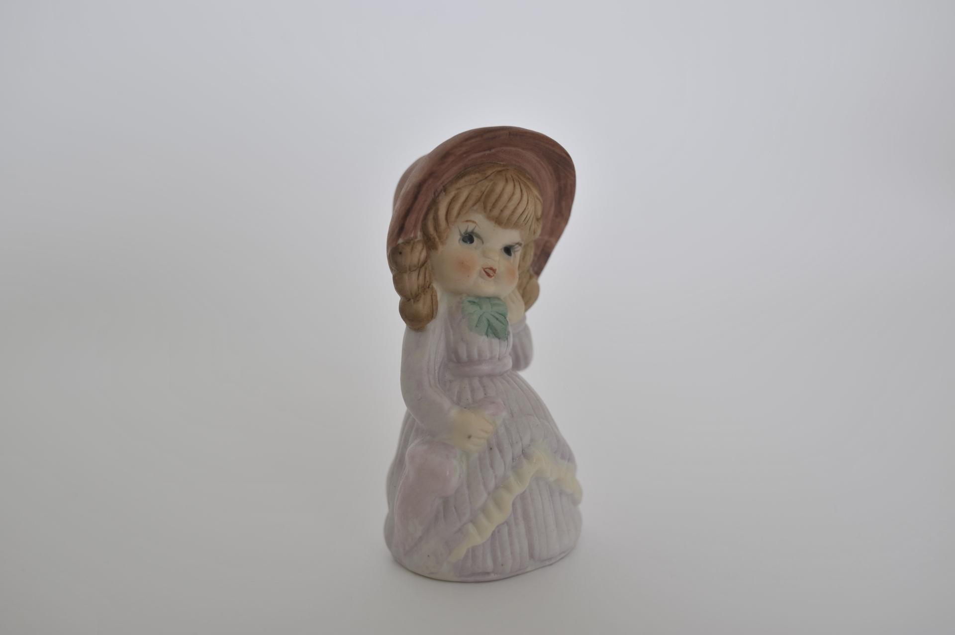 14. soprammobile in ceramica bambina