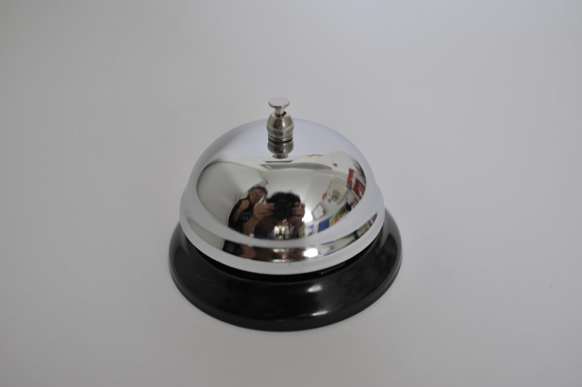 62. campanello da tavolo