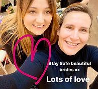 Two-women-smiling-at-wedding-fair