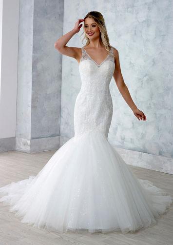 Danielle-Couture-Ellie-Wedding-Dress-Hythe