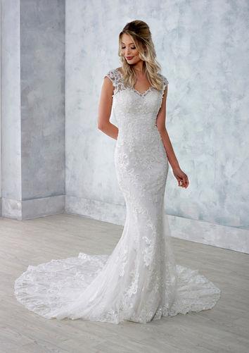 Danielle-Couture-Jessica-Wedding-Dress-Hythe