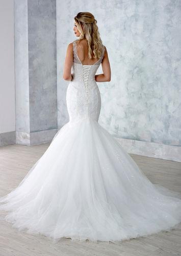 Danielle-Couture-Ellie-back-Wedding-Dress-Hythe