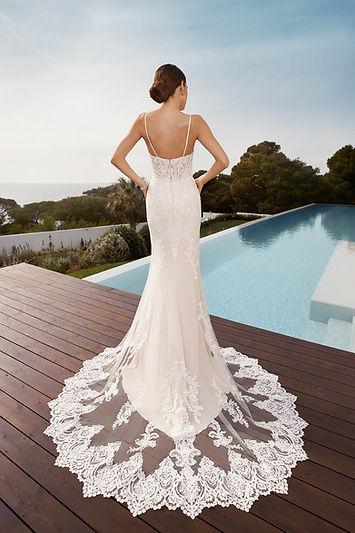 PU-21501-19076-Tres-Chic-Bridal-Jane-Back-Wedding-Dress
