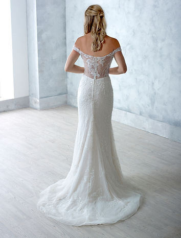Danielle-Couture-Florence-back-Wedding-Dress-Hythe