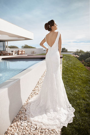 Pu-21605-17071-Tres-Chic-Bridal-Emily-Back-Wedding-Dress-Hythe