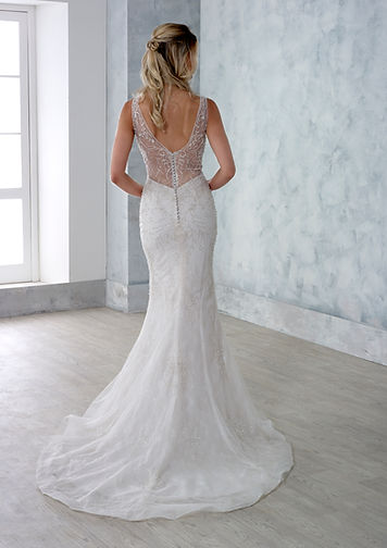 Danielle-Couture-Evie-back-Wedding-Dress-Hythe