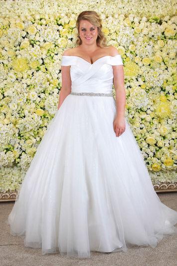 Envy-by-Phoenix-Lisa-Wedding-Dress-Hythe