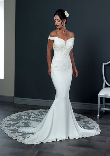 Phoenix-Gowns-Holly-Wedding-Dress-Hythe
