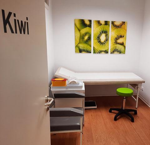 Kiwi1_edited_edited.jpg