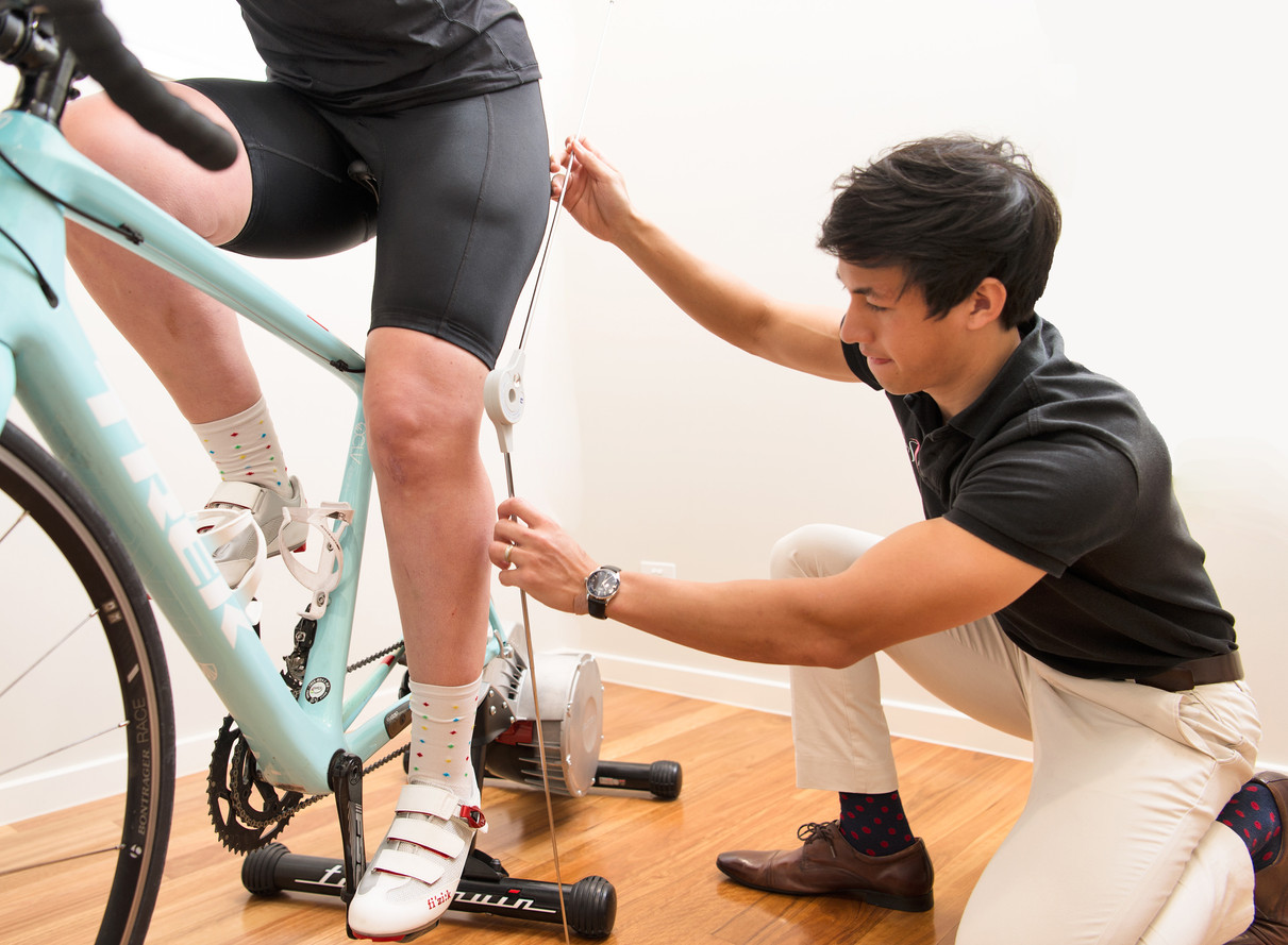 Checking Knee Angle during Bike-fit