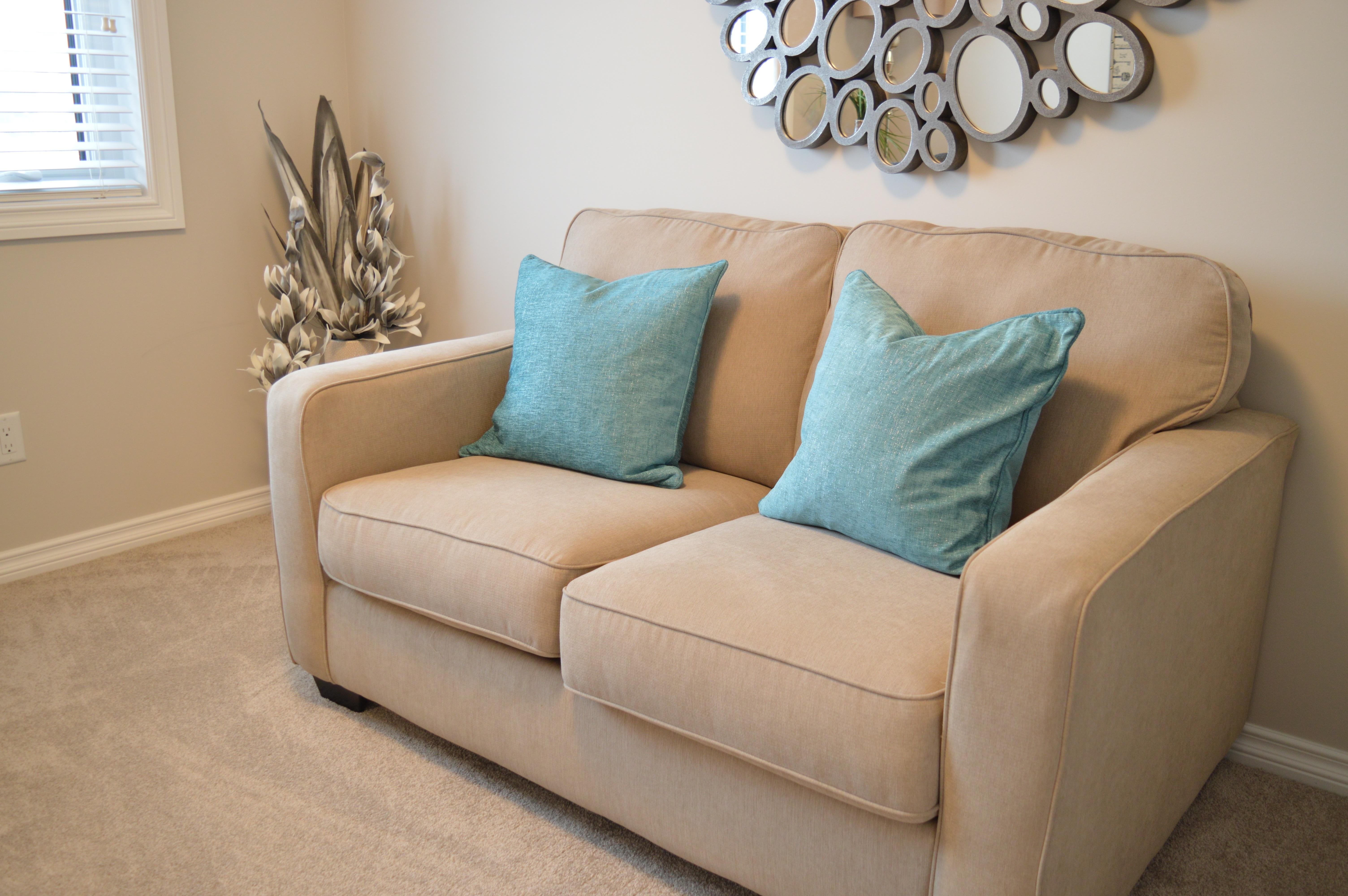 Limpieza y higienización de sofás