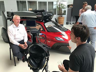 Interview setup met cameraman Willem Martinot Den Haag