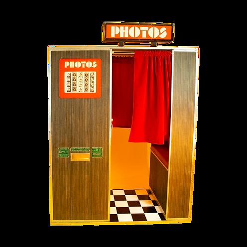 vintage vending photo booth - classic photobooth machine