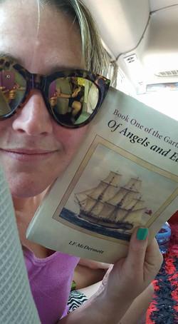 Emma Struys =  read photo