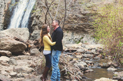couple-at-waterfall