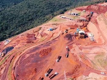 Justiça suspende atividades da Fleurs Global, que minerava ilegalmente Serra do Taquaril, em BH