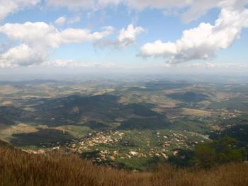 Gerdau invadiu áreas de conservação da Serra da Moeda nos municípios de Itabirito e Moeda