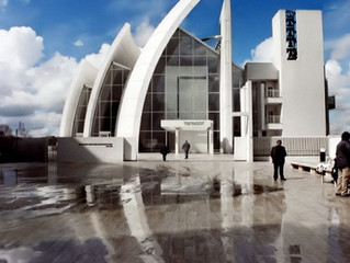 Диоксид титана: Jubilee Church в Риме построена из самоочищающегося бетона.
