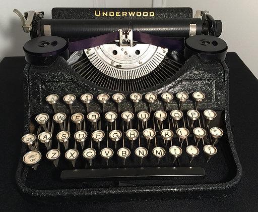 1932 Underwood Portable Typewriter.